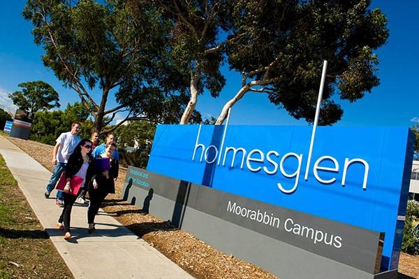 Holmesglen là học viện lớn nhất bang Victoria