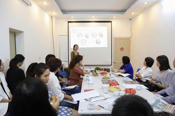 Chương trình có sự góp mặt của đại diện tổ chức giáo dục Hoa Kỳ Nacel Ms. Tuyền Võ