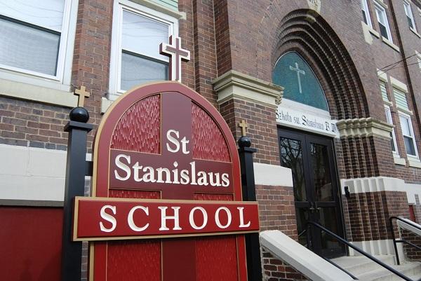 Trường Saint Stanislaus nằm tại Bang Mississippi, Mỹ