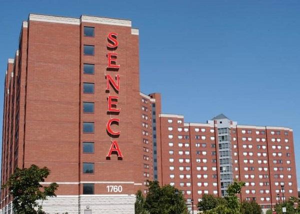 Trường Seneca College, Canada