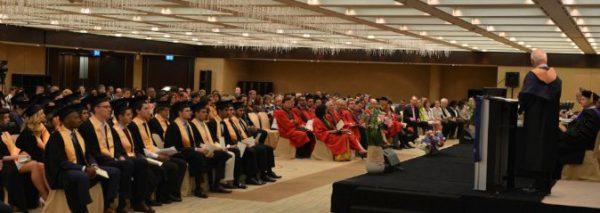 Buổi lễ tốt nghiệp của trường đại học quốc tế Geneva