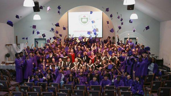 Lễ tốt nghiệp của học sinh trường GLCT