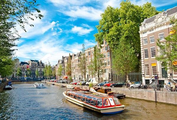 Hà Lan được coi là một quốc gia có chi phí du học rẻ