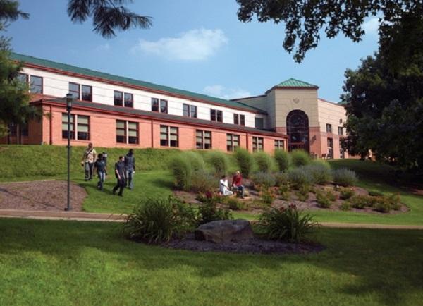 Ngôi trường nằm tại Bang Pennsylvania nơi nhộn nhịp tại Mỹ