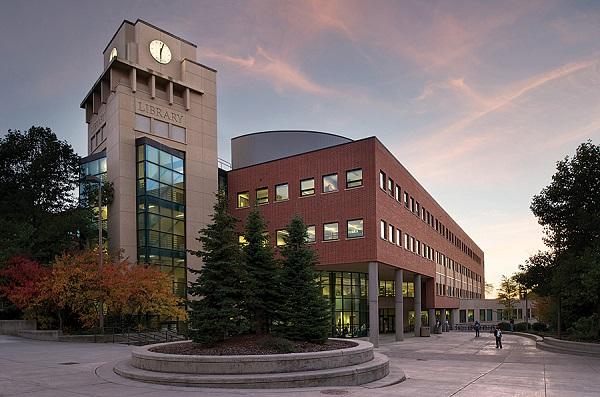 Thư viện của trường Đại học