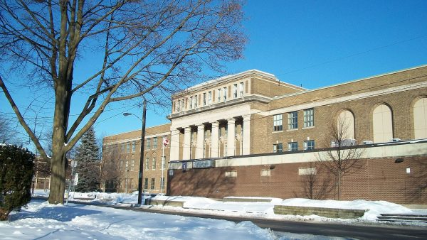 Khuôn viên trường UMC