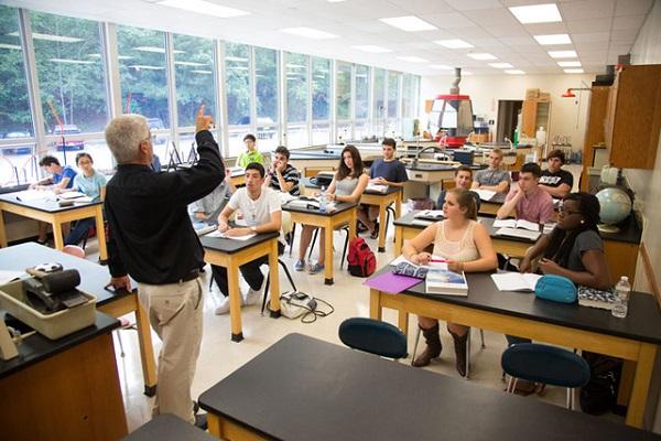 Cơ hội tham gia nhiều chương trình giảng dạy bằng thực hành