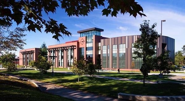 Một góc trường Đại học Bắc Michigan