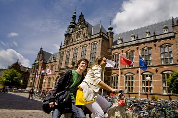 Điều kiện du học Hà Lan bao gồm những yếu tố nào?