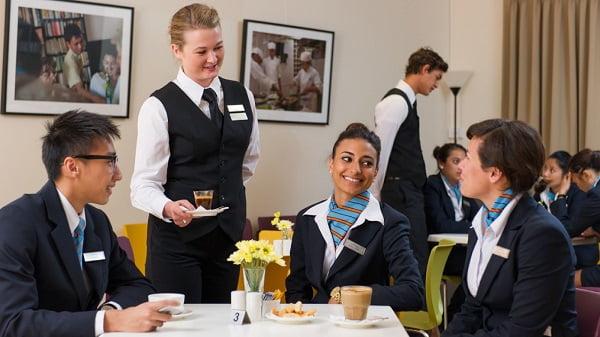 Du học ngành quản trị khách sạn du lịch tại Thụy Sĩ