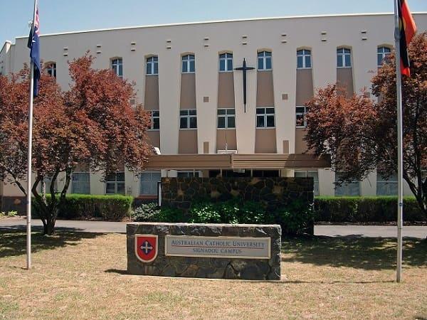 Trường Đại học công giáo Australian