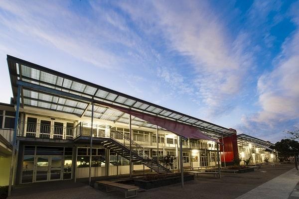 MHS tọa lạc tại thành phố Auckland