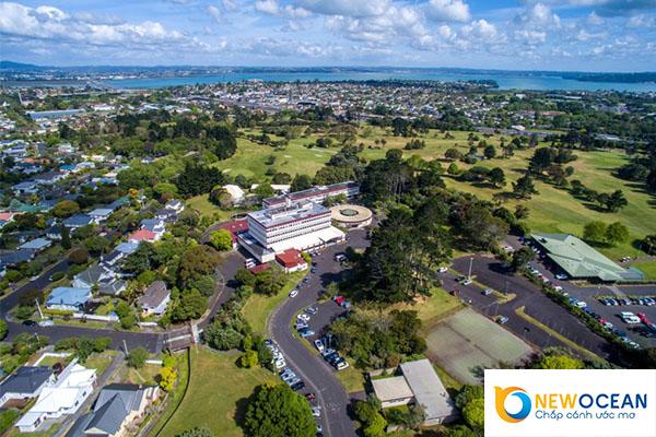 Toàn cảnh ngôi trường Auckland Institute Of Studies  nhìn từ trên cao