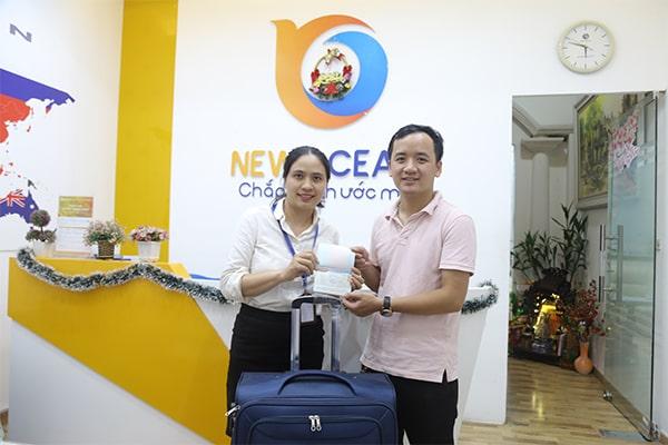 Vũ Hoàng Long nhận Visa du học Hàn Quốc từ New Ocean