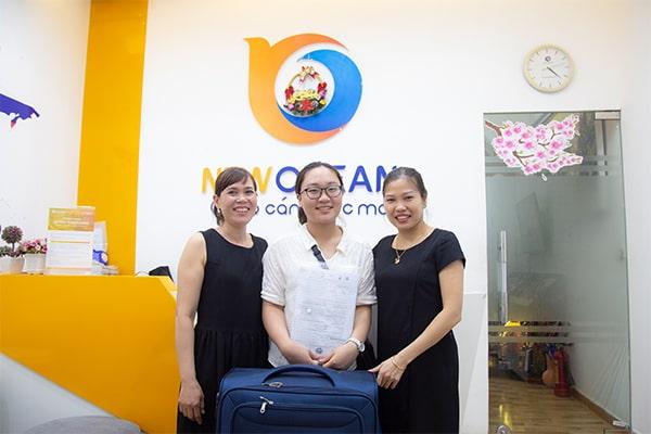 Nguyễn Thị Khánh Huyền nhận Visa du học Singapore trường JCUS