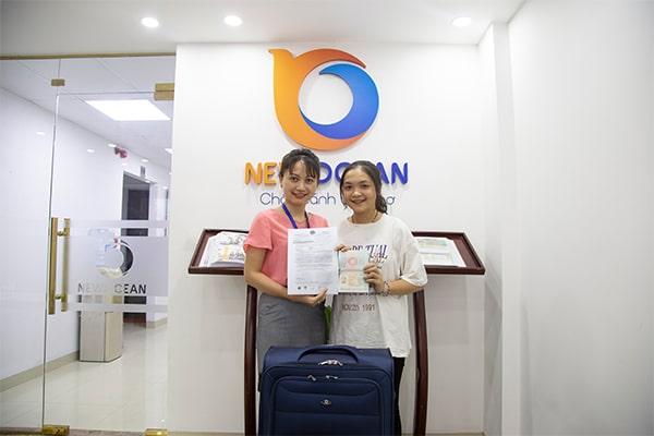 New Ocean trao Visa du học Singapore cho bạn Đặng Thị Vân