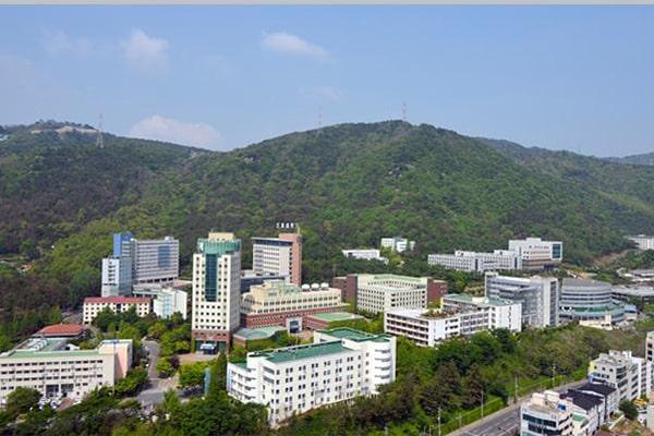 Tổng quan trường Đại học nhìn từ trên cao