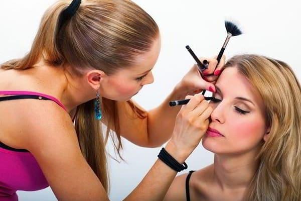 Cơ hội phát triển cho ngành makeup rất lớn