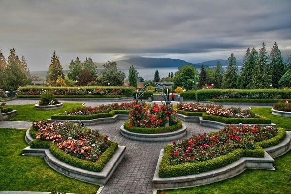 Đại học British Columbia nằm trong danh sách những trường đại học đẹp nhất Canada