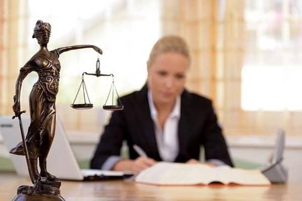 Sinh viên được đào tạo chuyên sâu về ngành Luật