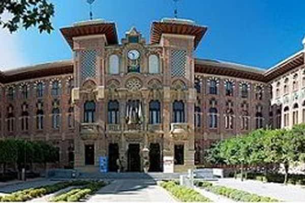 Du học trường đại học tổng hợp Cordoba