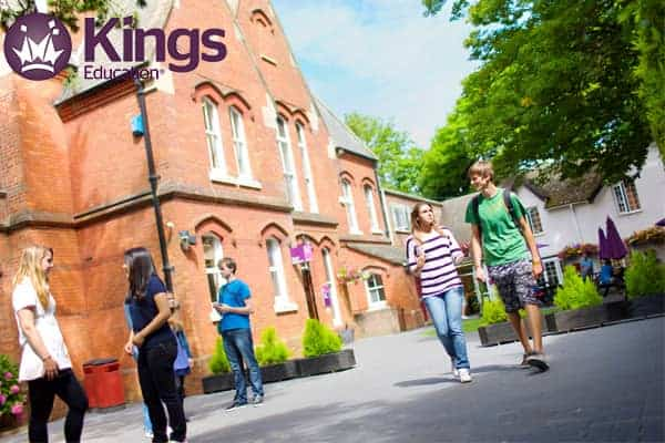 Chương trình Dự bị Đại học tại Kings
