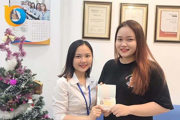 Trần Ngọc Minh Thư nhận Visa du học Anh Quốc từ New Ocean